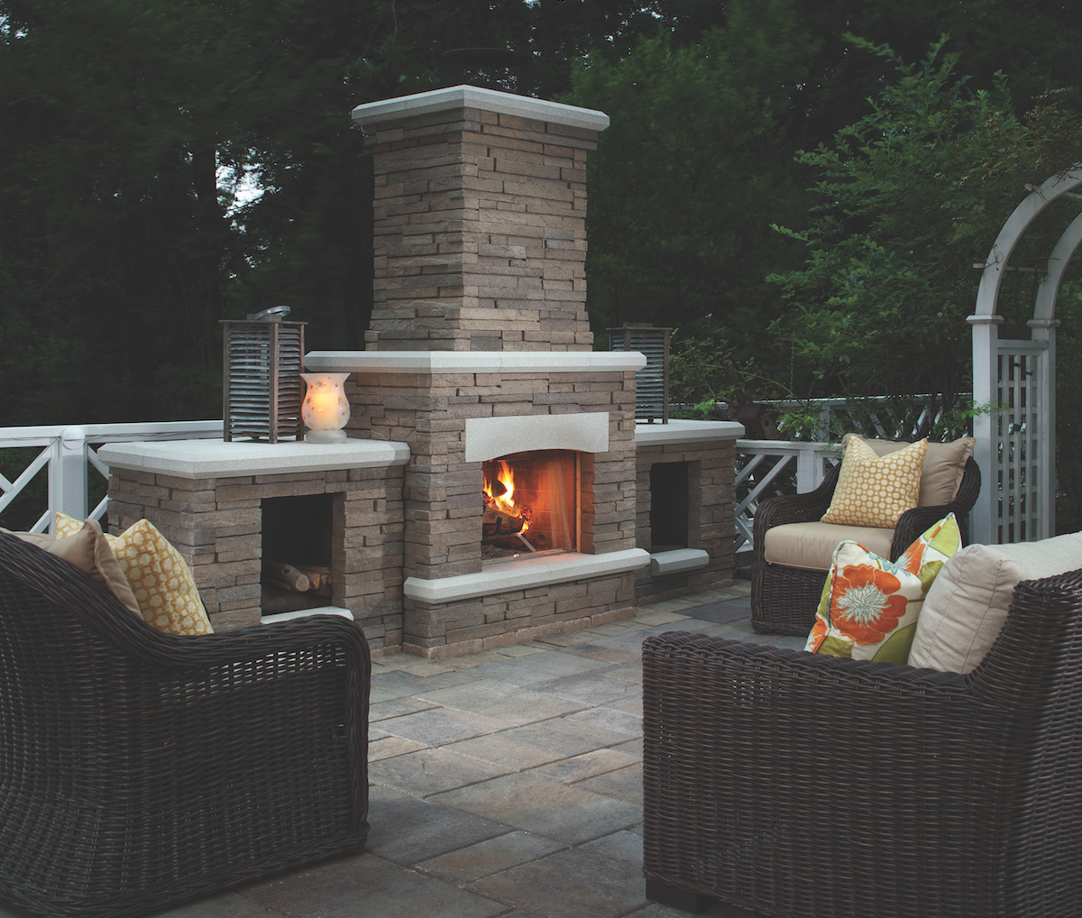 Outdoor Patio And Fireplace Dynamic